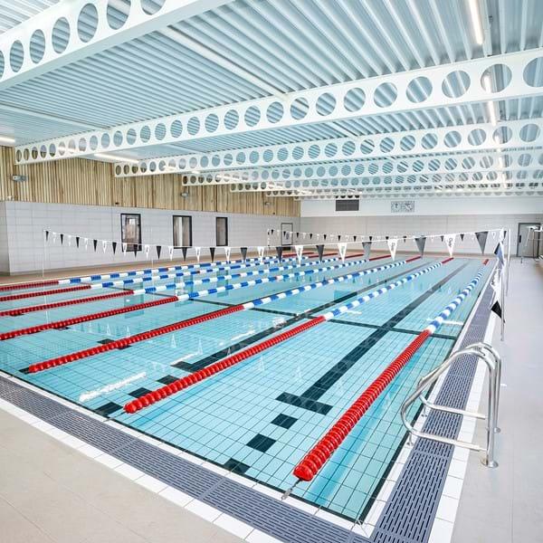Bulmershe Leisure Centre pool